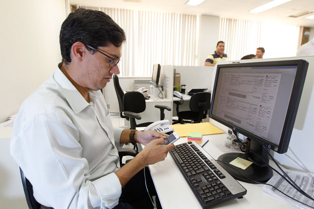Fernando Vitor Cunha, da MRV, utiliza a tecnologia como aliada de vendas desde 2009. (Foto: Correio da Manhã)
